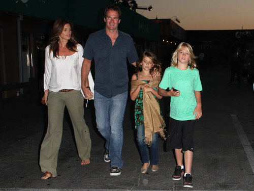 Cindy crawford and family dinner
