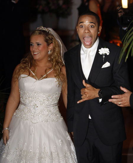 ��� ���� ��� ����� �������� �������� .!!. robinho_and_wife_vivian.jpg