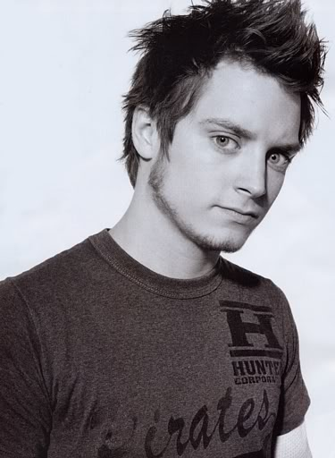 elijah wood frodo baggins. Looking Elijah Wood reminds me