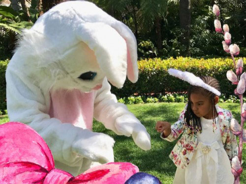 Blue Ivy and Easter Bunny