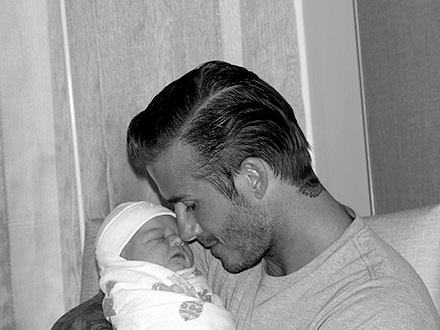 David_Beckham_and_Harper_Seven
