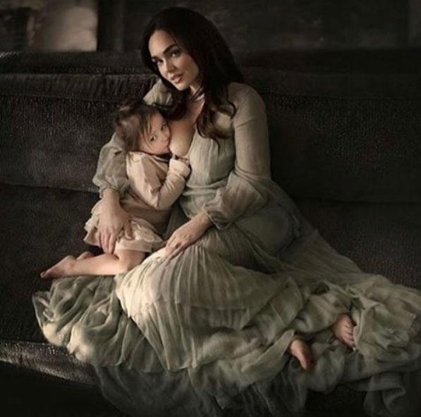 Tamara_Ecclestone_Rutland_Breastfeeding_1