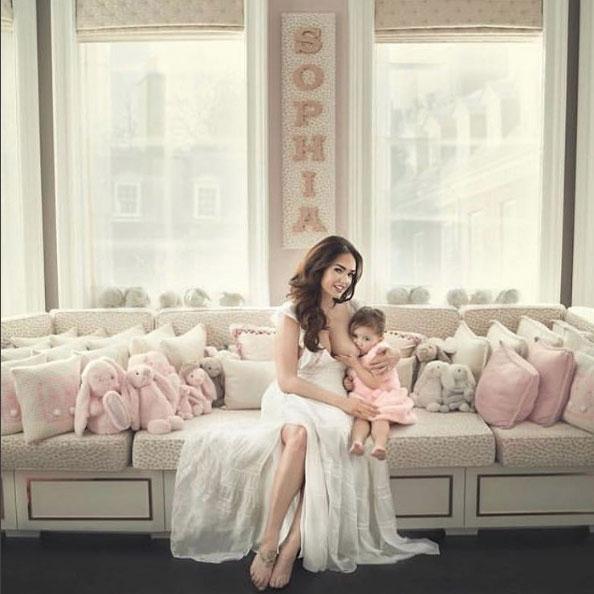 Tamara_Ecclestone_Rutland_Breastfeeding_2