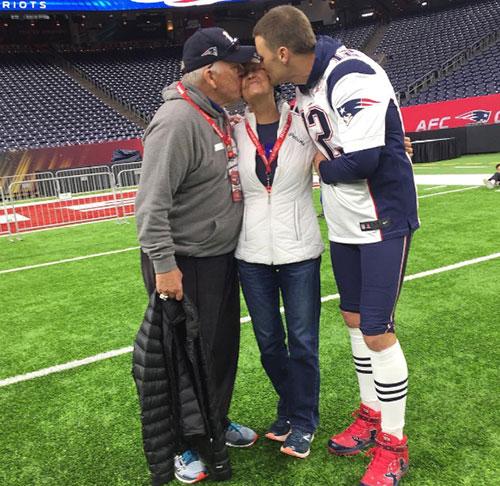 Tom_Brady_dedicated_To_Mom