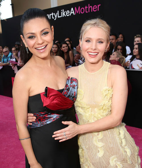 MIla_Kunis_and_Kristen_Bell_Share_Their_Bad_Moms_Moment